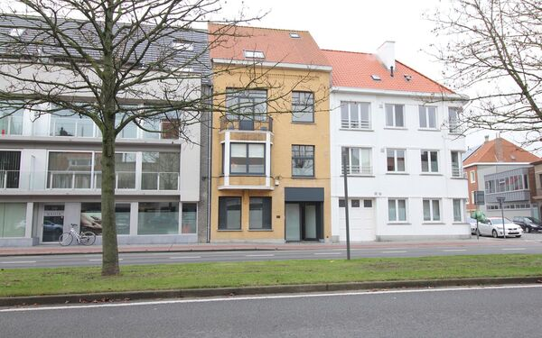 Kantoorgebouw te koop in Oostende