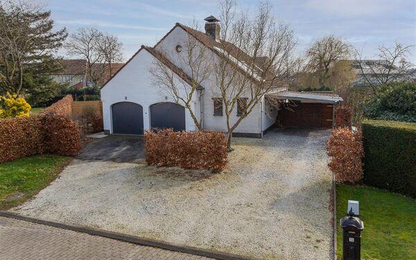 Villa for sale in Lovendegem